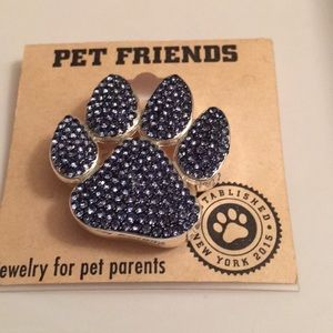 Jewelry pin for pet parents